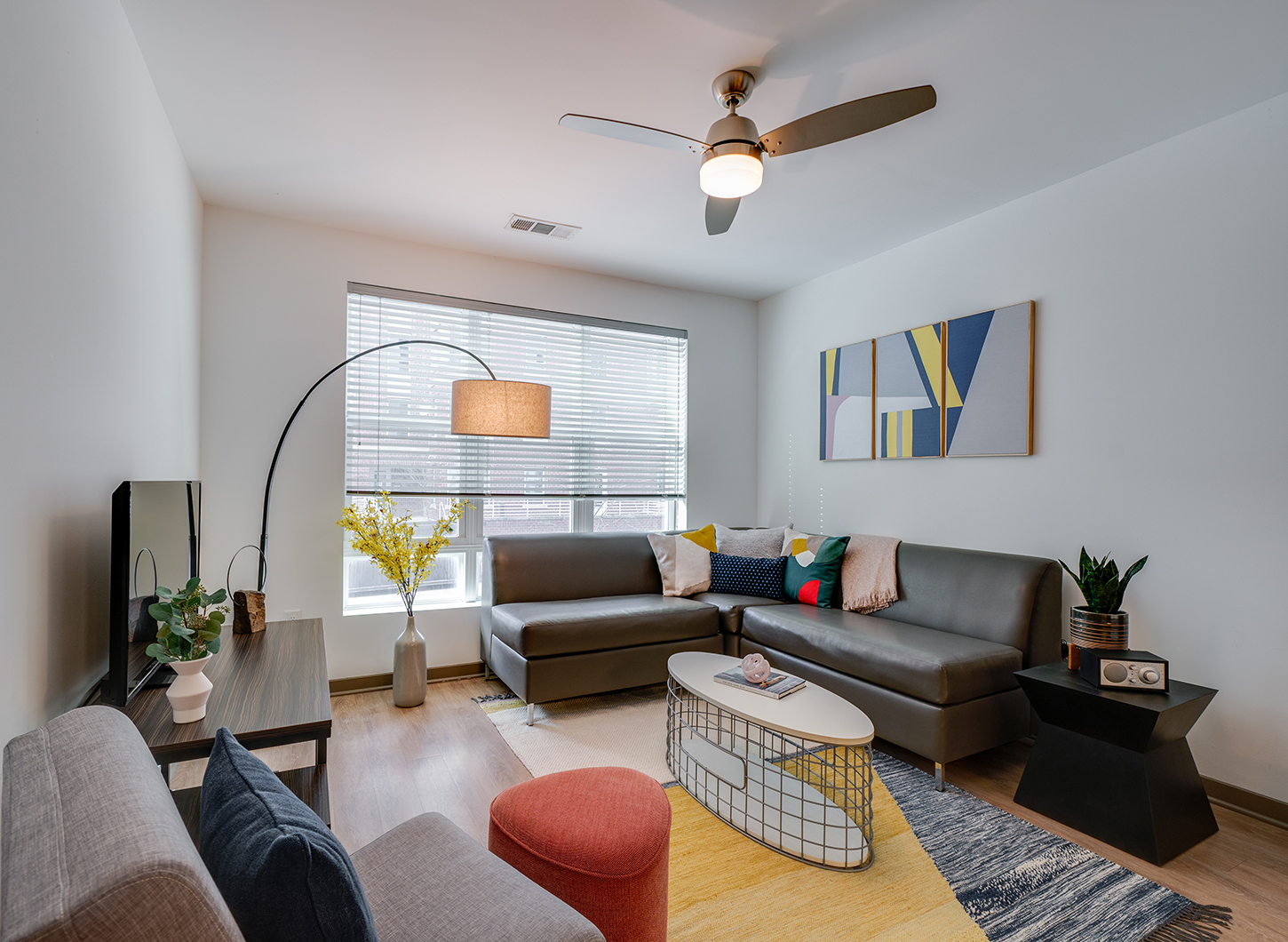 Stanhope Student Apartments - Living Room
